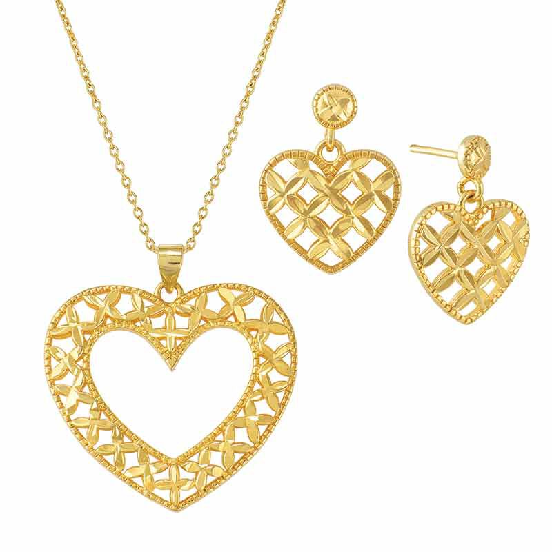 Golden Kisses Diamond cut Heart Pendant  Earring Set 2257 006 3 1