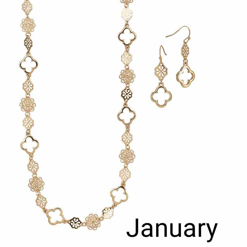 Golden Essentials Necklace Collection 6564 001 3 2