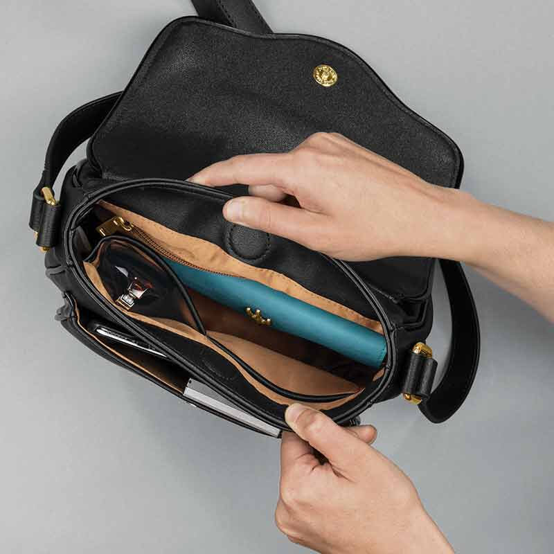 Custom Saddle Bag 6218 001 3 3