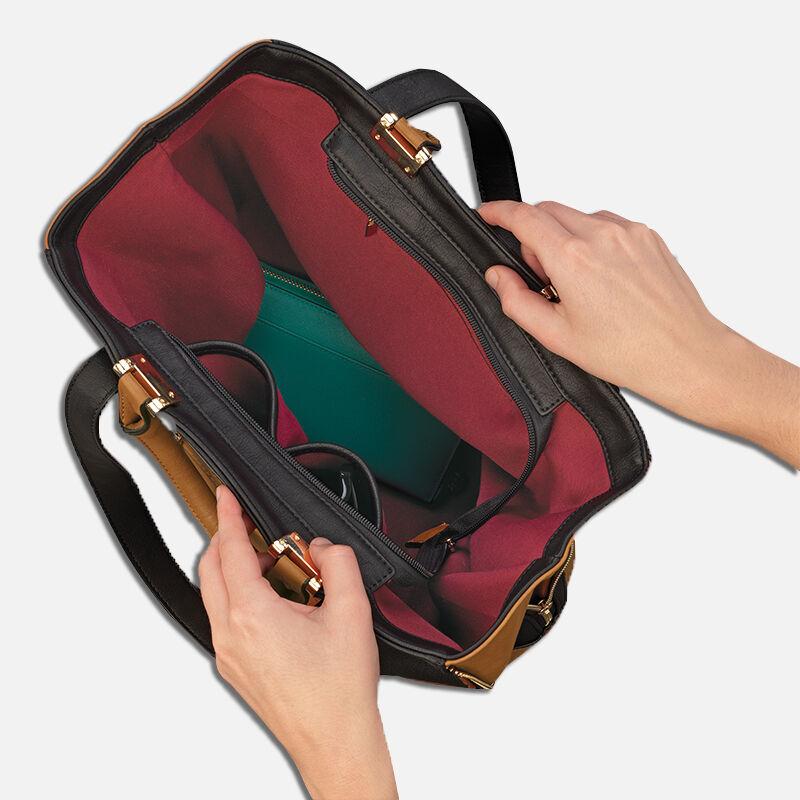 The Personalized Raven 3 in 1 Designer Handbag 0112 001 3 5
