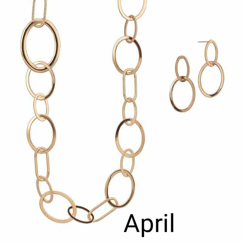 Golden Essentials Necklace Collection 6564 001 3 5