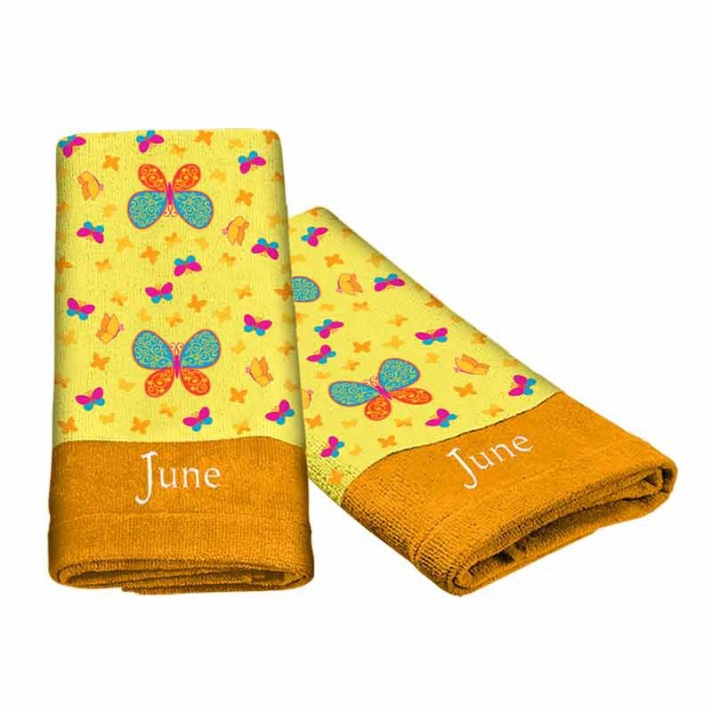 A Year of Cheer Hand Towel Collection 4824 002 2 8
