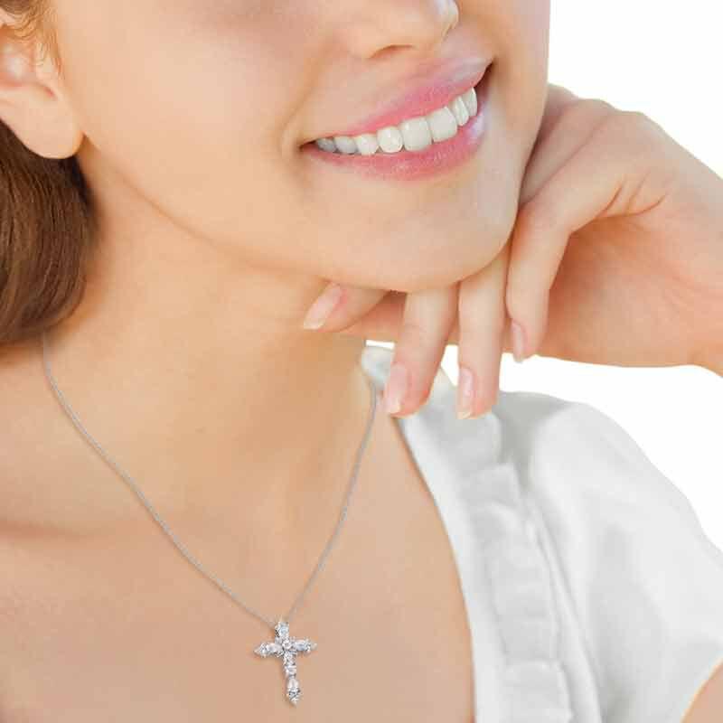 Dazzling Devotion Diamonisse Cross Pendant 4980 005 5 4