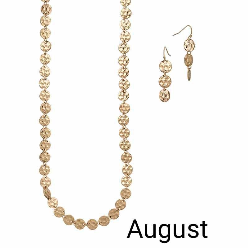 Golden Essentials Necklace Collection 6564 001 3 9
