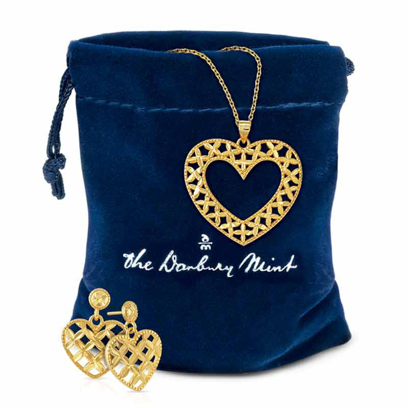 Golden Kisses Diamond cut Heart Pendant  Earring Set 2257 006 3 4