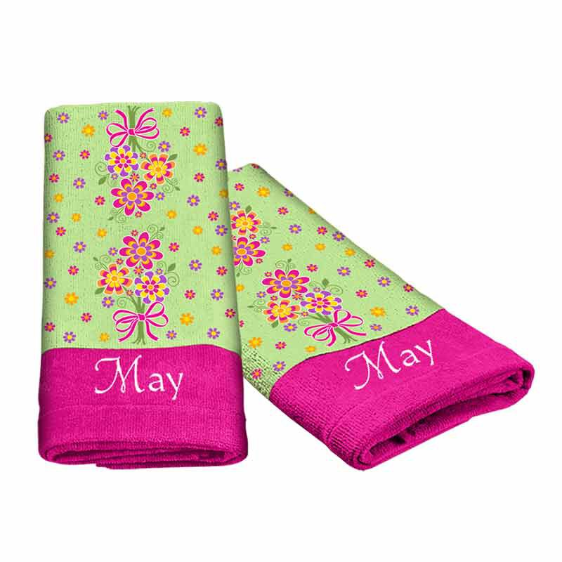 A Year of Cheer Hand Towel Collection 4824 002 2 7