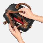 The Beacon Hill Handbag Set 5585 001 0 4