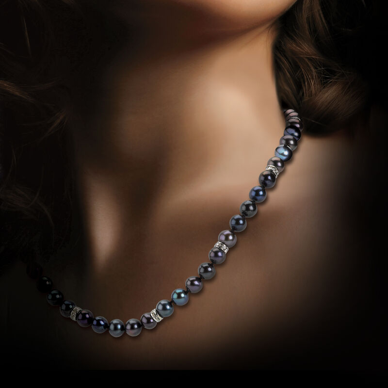 Midnight Spell Black Pearl Necklace with FREE Bracelet 1333 0311 m model