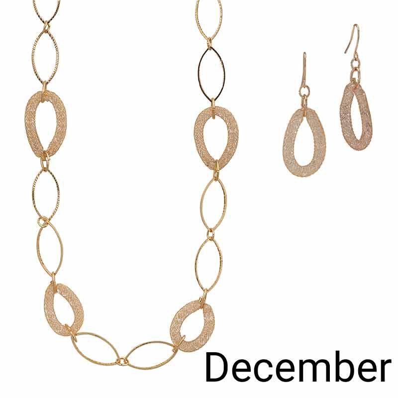 Golden Essentials Necklace Collection 6564 001 3 13
