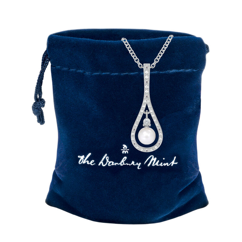 Drop of Luxury Pearl Diamond Necklace 10141 0017 g gift pouch