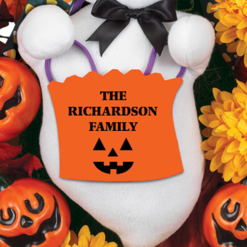 The Personalized Family Halloween Wreath 2379 0041 b close up